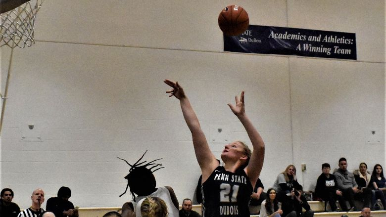 Malliah Schreck ended the game with 26 points and 24 rebounds.
