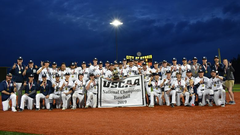 The 2019 USCAA Small College World Series Champion Penn State DuBois Baseball Team.